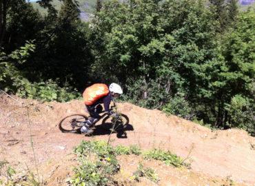 Initiation VTT Descente Megève - VTT - Virage Montagne
